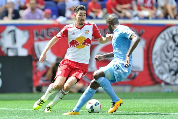 MLS 2016 - New York defeats New York City FC