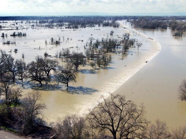 floodta-20040922_aan_s76_651