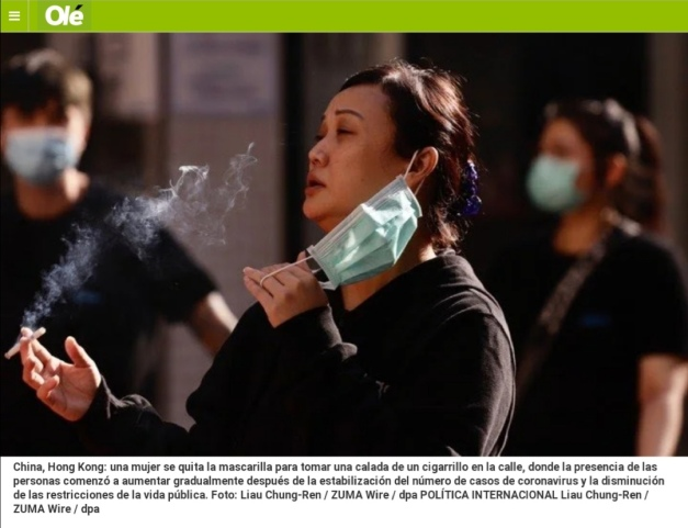 USED_Ole_smoking woman__20200502hk_photo_Liau Chung Ren_